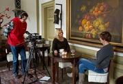 Een interview met een psychologe voor tv programma Arnhem spreekt over jaloezie.