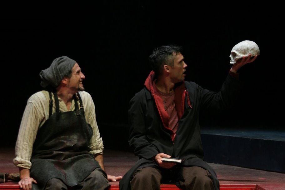 Kissel as Gravedigger to Jeffery Donovan's Hamlet