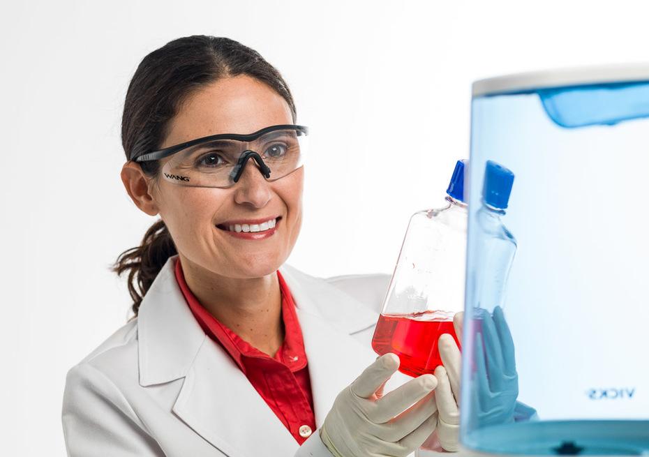 Monica Sav Lab Tech