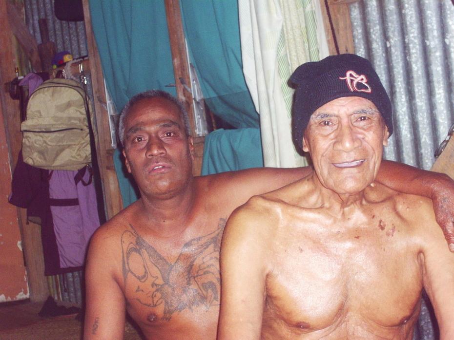 Robuam and grandpa Are Moote