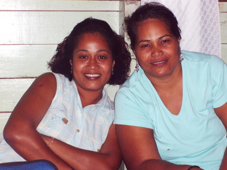 Esita koro and Mere Tabore