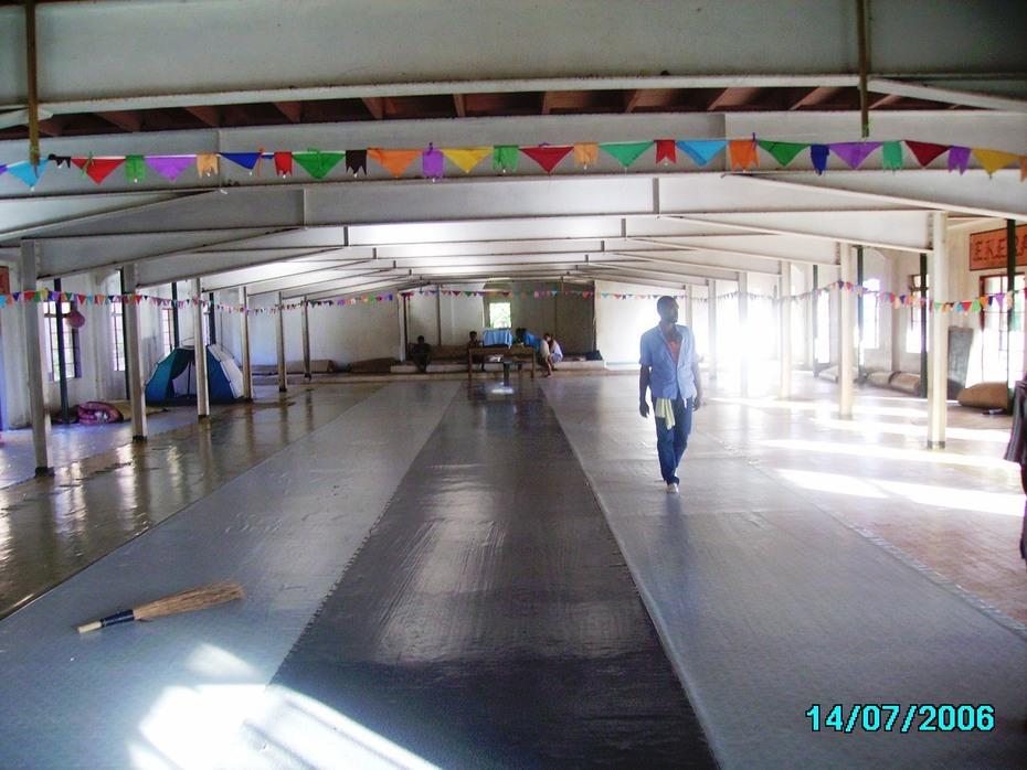 PICT0420 Ekera: Buakonikai church hall
