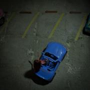 D15 - Tres puestos de estacionamiento vacíos
