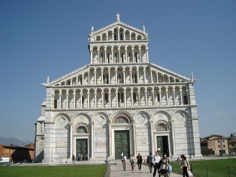 b 106Pisa-Duomo