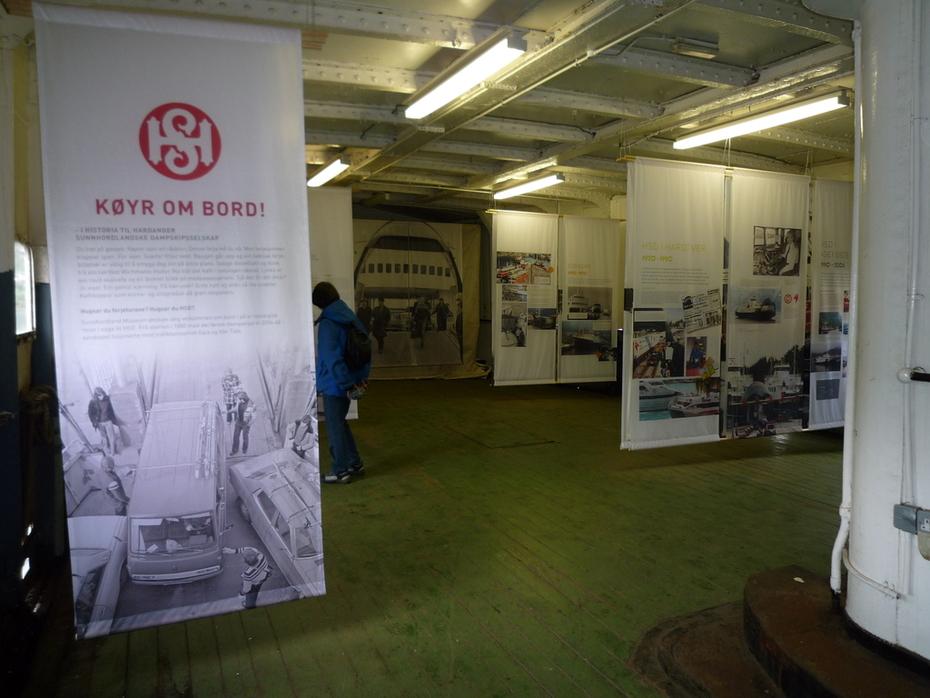 Utstillinga om bord i Folgefonn 1 Foto Harald Sætre 15.05.2011 11-19-32