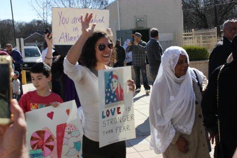 Atlanta Love Visits Al-Farooq Masjid