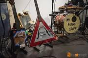 Ace-Tone and Danger Sign Fliyng V  on stage