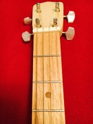 headstock 4 string to get signed by players
