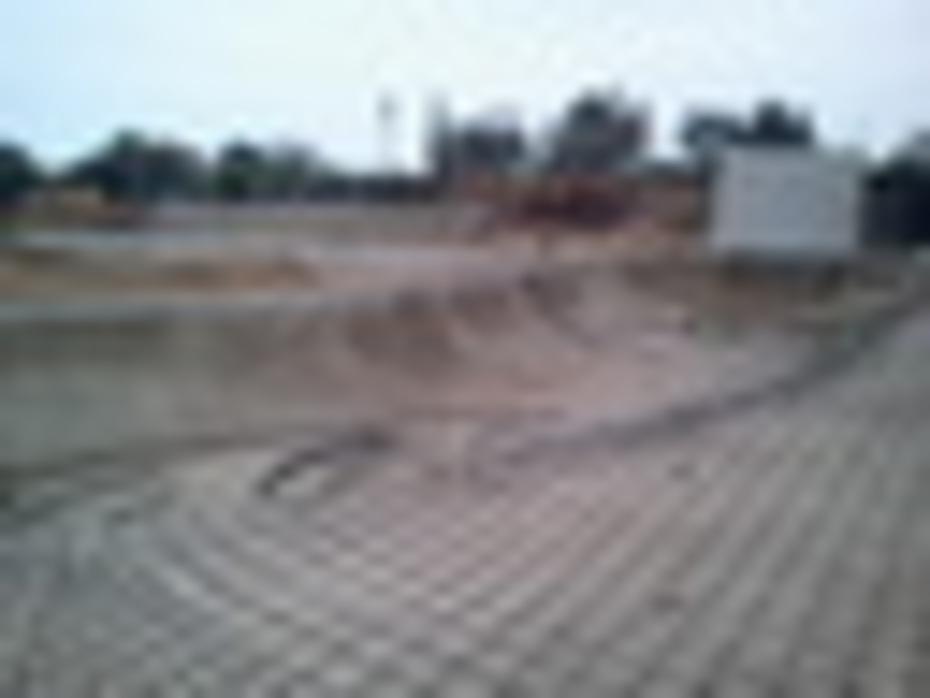 SKATEPARK SAN MARTIN DE PORRES POZA CON WALLRIDE, TUBO(COPYNG) SOLUCIONADO2011-07-02