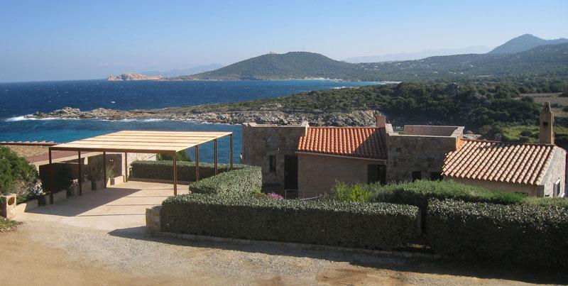 Ferienhaus von der Zufahrt