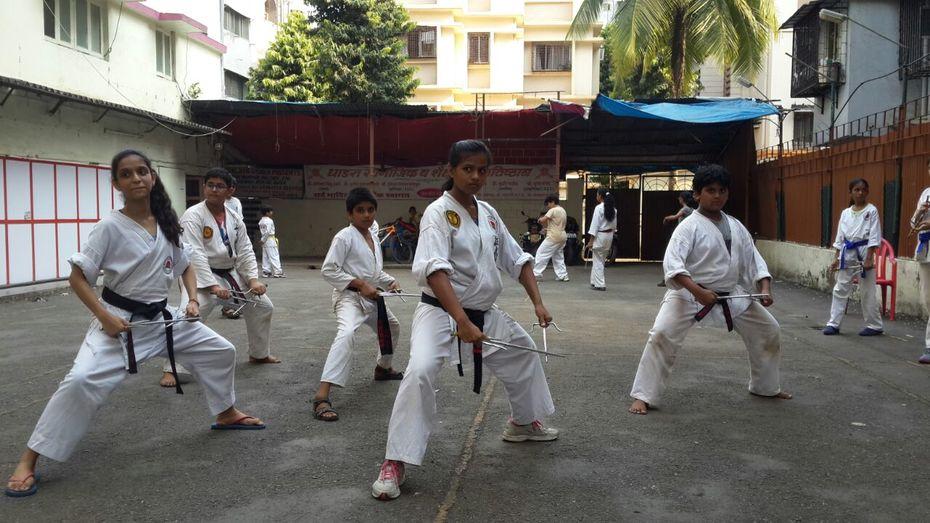 Sai - weapons Kata Training