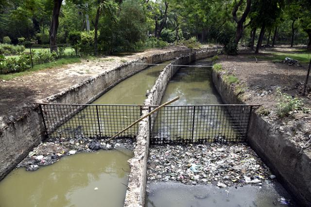 SDMC's Rain-Water Drains Project Is Unfashionably Late & Untidy