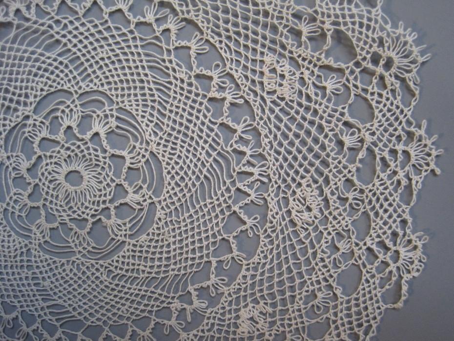 Armenian lace doily 1 detail 3