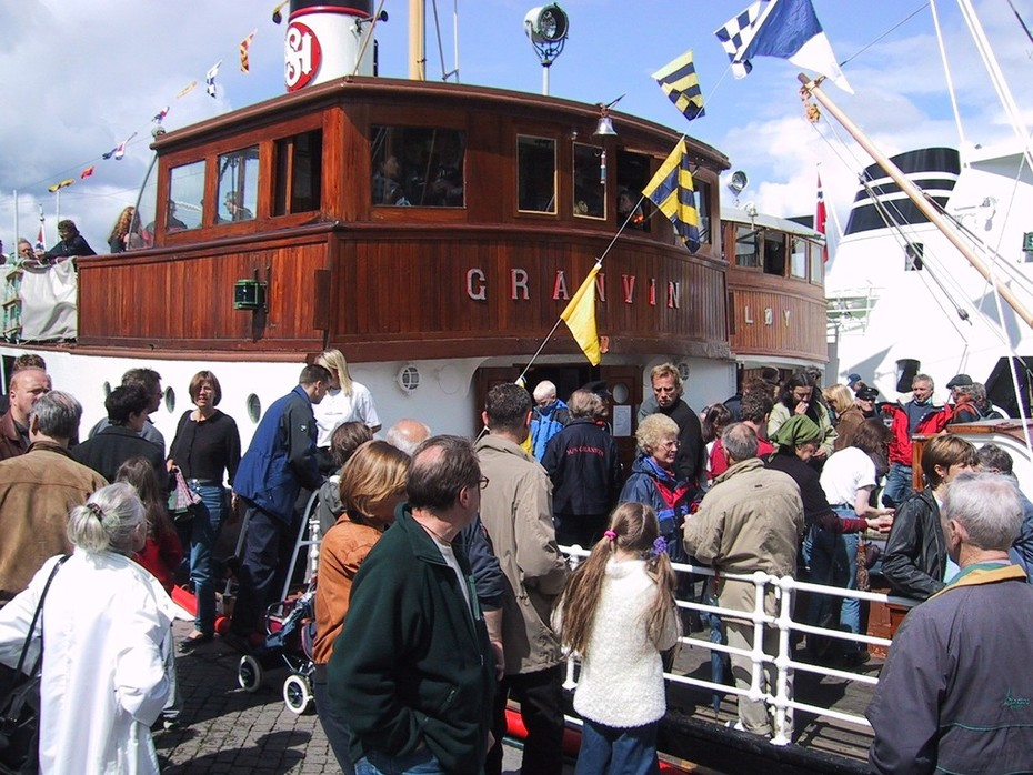 MS Granvin under Torgdagen 2001