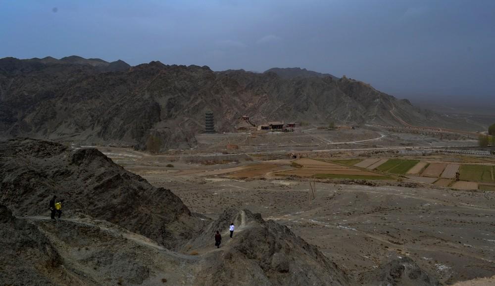 Gansu,Dunhuang,Mingsha mountain,Crescent Moon Spring,