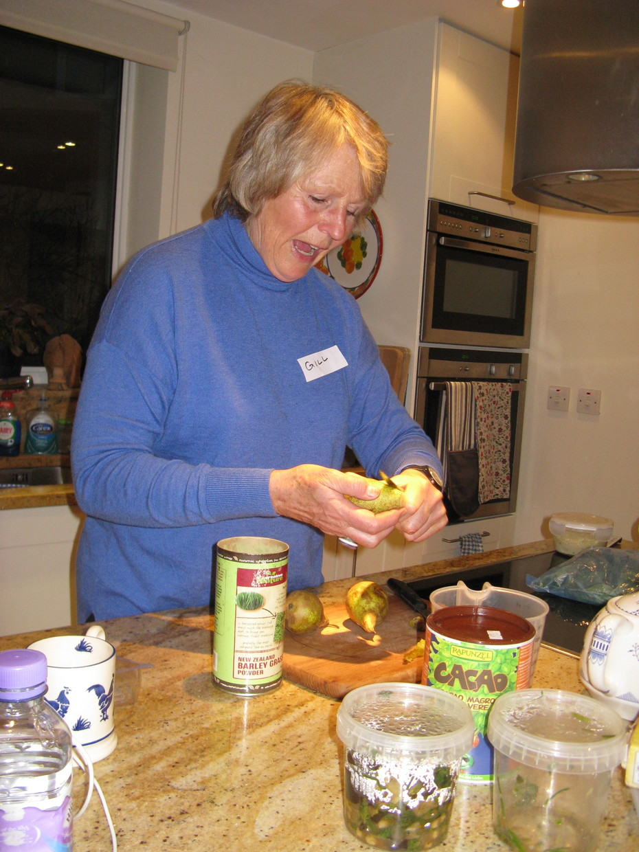 Gill Jacobs shows how to make pear kefir smoothie