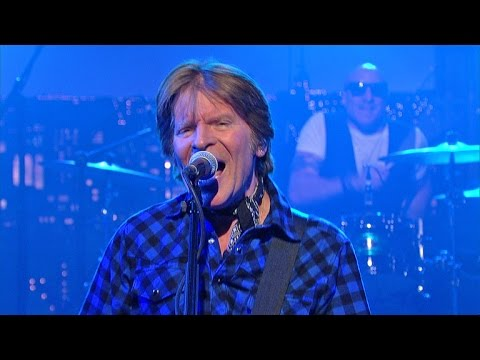 "John Fogerty: ""Travelin' Band/Proud Mary/Fortunate Son"" - David Letterman"
