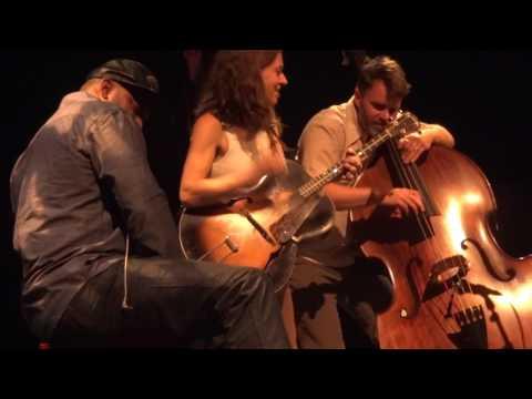 Ani DiFranco - Genie 'off mic' (Arcata, CA 10/9/16)
