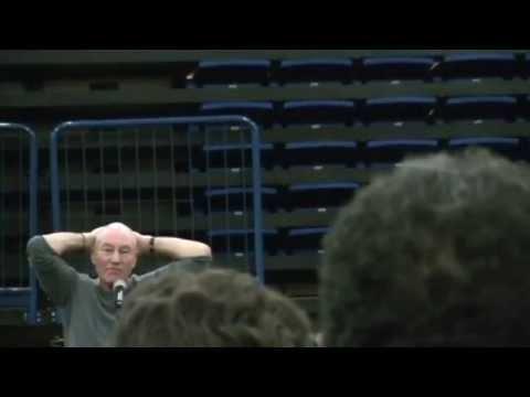 Patrick Stewart Gives Passionate Response to Question At Comicpalooza 2013