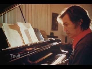 """Tom Jobim tocando """"Beatriz"""", acompanhado pelo violino de João Daltro."""