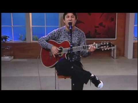 """Ivaldo Moreira canta """"Só Primavera"""" no PGM MUlheres2009"""