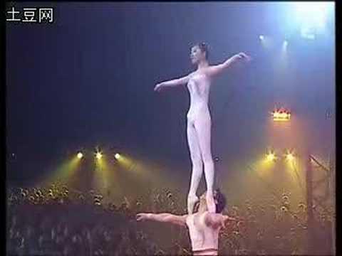 O incrível ballet acrobático da China I