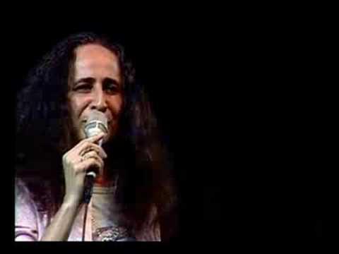 Maria Bethânia - Senhores Sou Um Poeta/Apesar de Você
