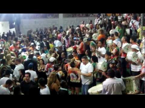 CARNAVAL 2013 GRES GRANDE RIO ensaio quadra da escola, Duque de Caxias