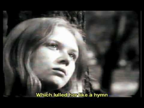 Edith Piaf - Une enfant.
