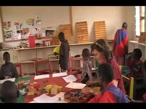 Teaching Art thearpy to Samburu