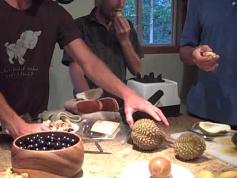 Durian Tips and Eating on Thanksgiving in Hawaii