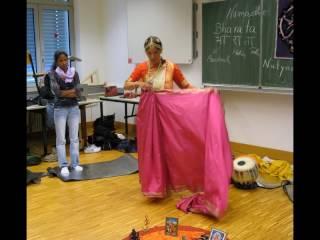 Schulprojekte mit Lalitha Devi
