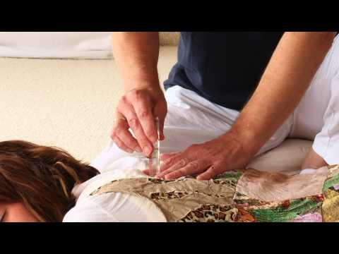 Kristall-Akupunktur Vorführung
