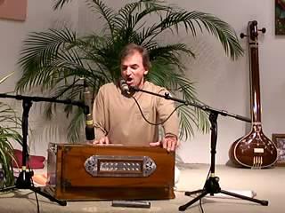 Ajnana Timirandhasya - Mantra-Singen mit Keshava