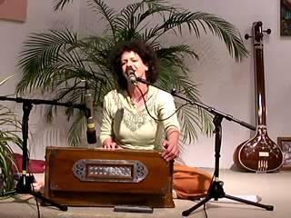 Jaya Hanuman - Mantra-Singen mit Durga