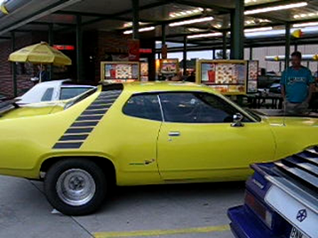 Plymouth Road Runner with a Hemi at Sonics in Loganville Ga. March 29, 2013