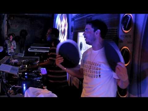 DJ Jazzy Jeff & DJ AM