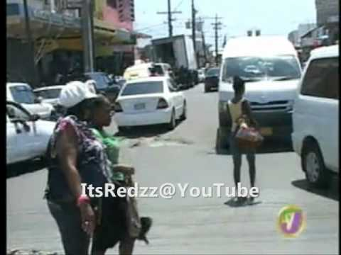 PRIME TIME NEWS - TVJ - SUNDAY - SHOOT OUT IN MANCHESTER (JAMAICA) (OCT 14TH 2012)