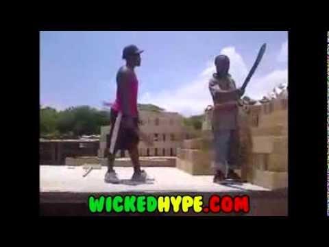 Jamaican Workers Start Arguing Over Money Calls Him Weak! Plus Brings Out Their Machete