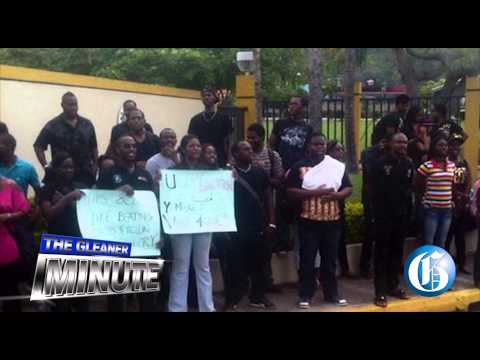 THE GLEANER MINUTE: Cops to be charged ... Protest at UTech ... Ambassador Fraser-Pryce