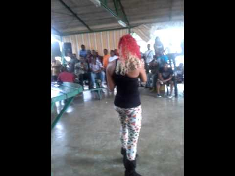Bridgez Beretta performing @ Utech (Nov 6, 2014)