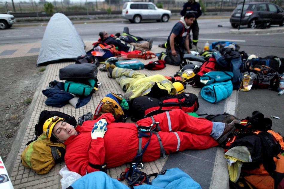 EL CANSANCIO YA SE SIENTE TERREMOTO CHILE 2010 CONCEPCION