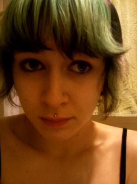 Last pic of green faded bangs n_n