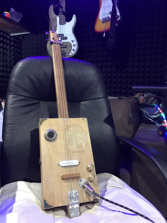This is my first 3 string scratch build