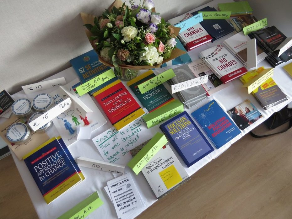 SOLworld 2019 - book table