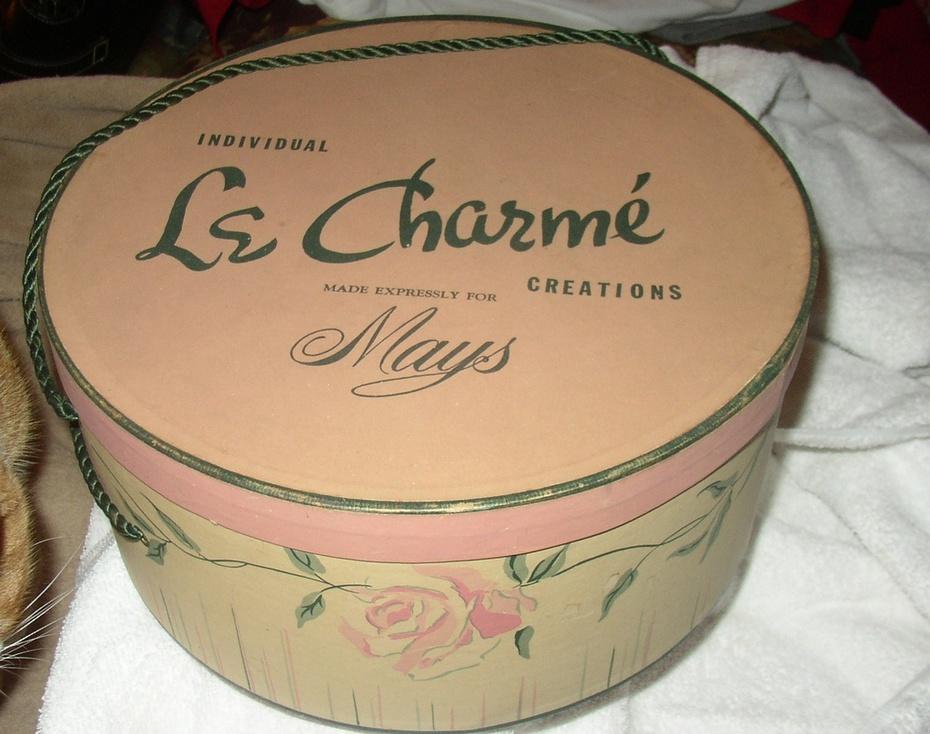Mays Hat Box