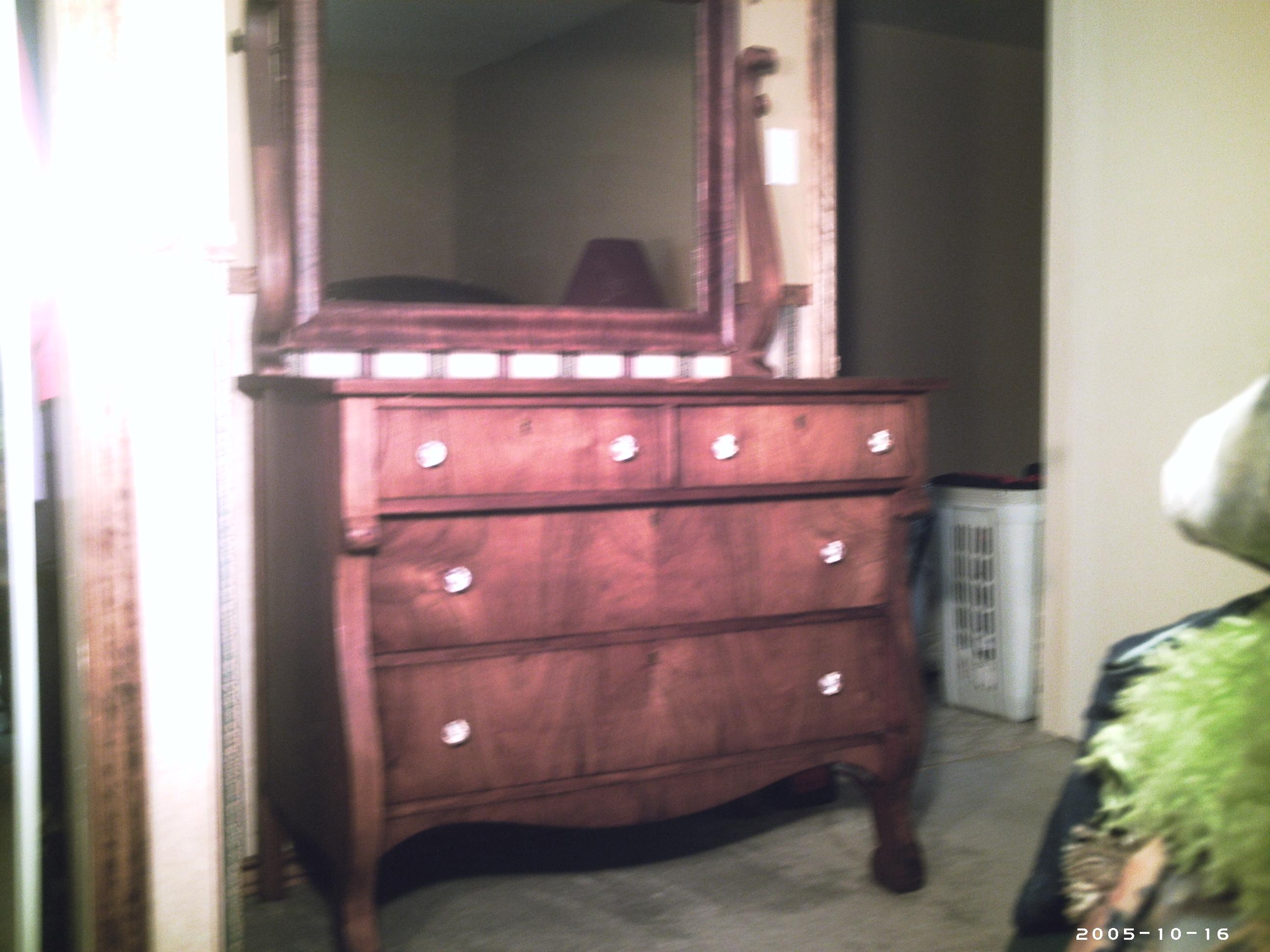 antique dresser 009