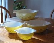 Pyrex Shenandoah Cinderella Nesting Mixing Bowls