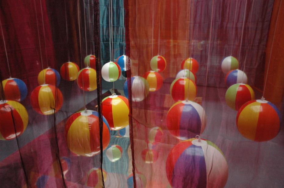 instalacion arte esferas
