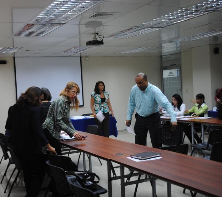 DSC_9068NOV 2012, SEMINARIO TALLER 'Seleccion de Personal para directivos de COS
